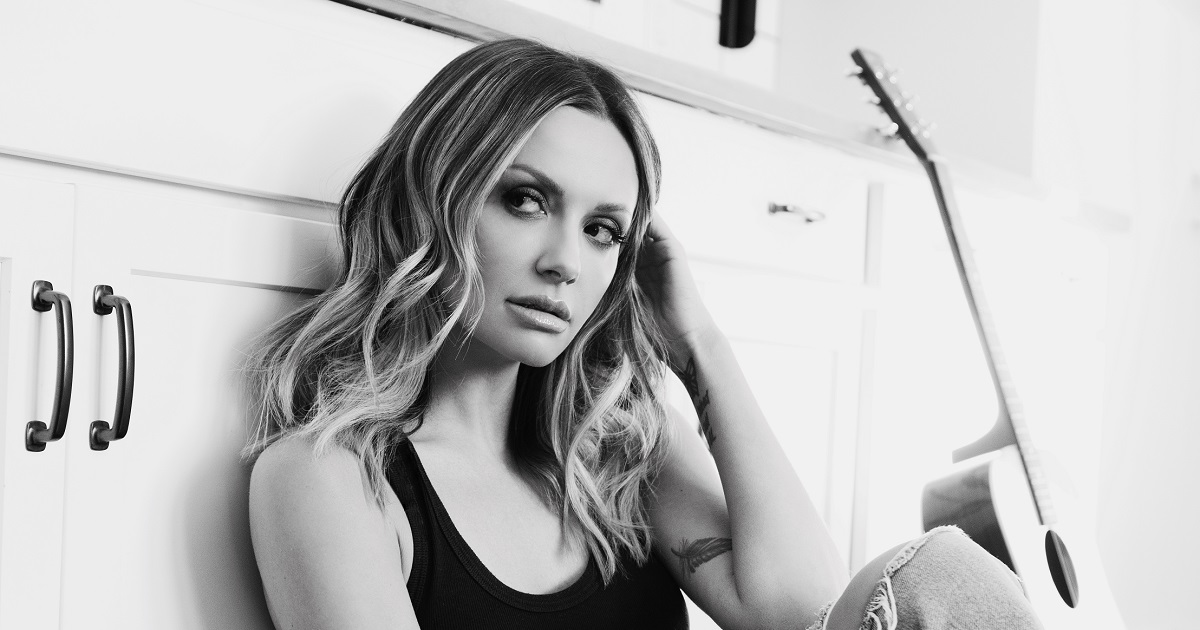 Carly-Pearce-Ashley-Mcbryde-Never-Wanted-To-Be-That-Girl-1.jpg